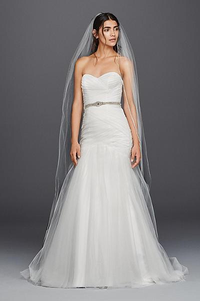 Strapless sweetheart mermaid tulle wedding dress style wg3791 David s bridal strapless wedding dress